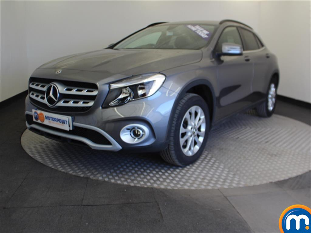 Mercedes-Benz Gla Class SE - Stock Number 1050239 Passenger side front corner