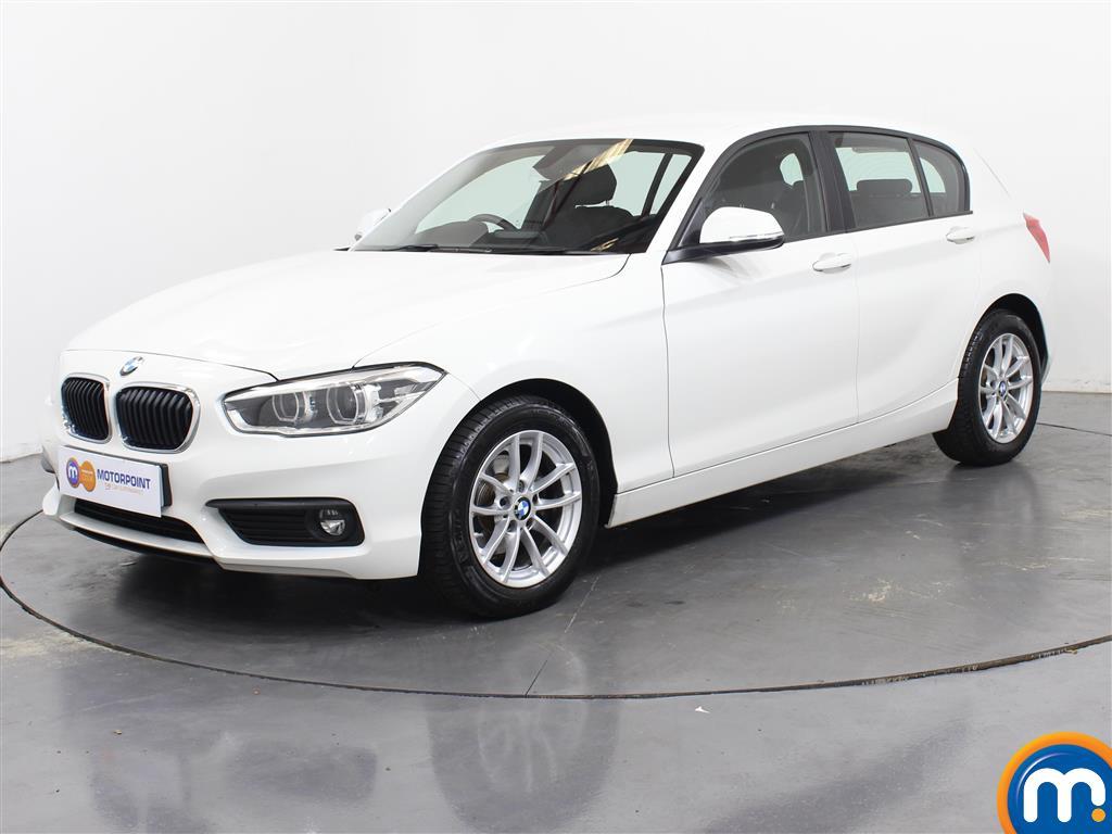BMW 1 Series SE Business - Stock Number 1049373 Passenger side front corner