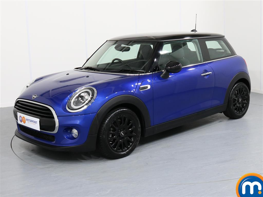 Mini Hatchback Cooper Classic - Stock Number 1050008 Passenger side front corner