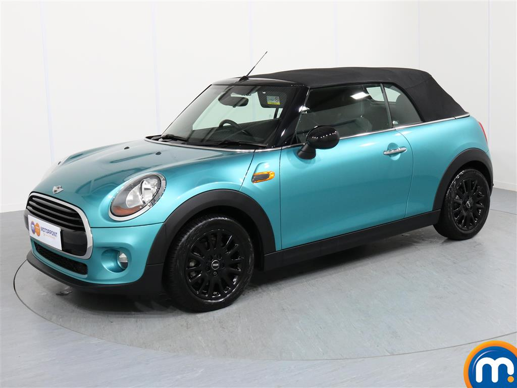 Mini Convertible Cooper - Stock Number 1052830 Passenger side front corner