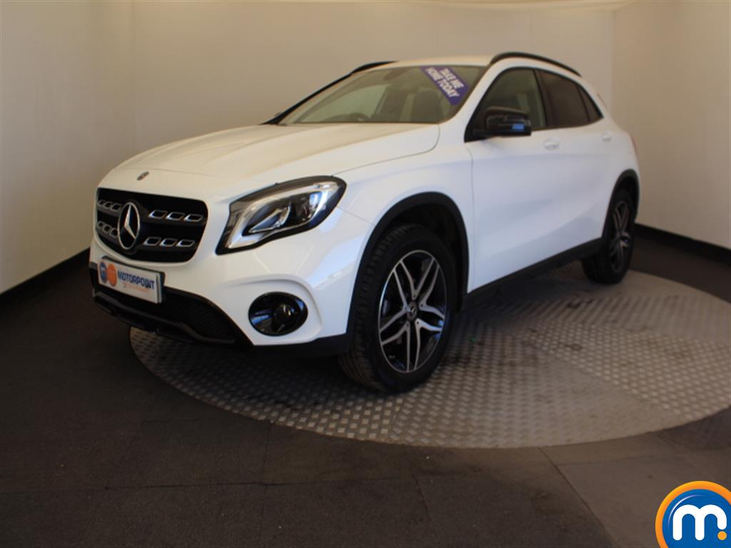 Mercedes-Benz Gla Class Urban Edition - Stock Number 1051351 Passenger side front corner