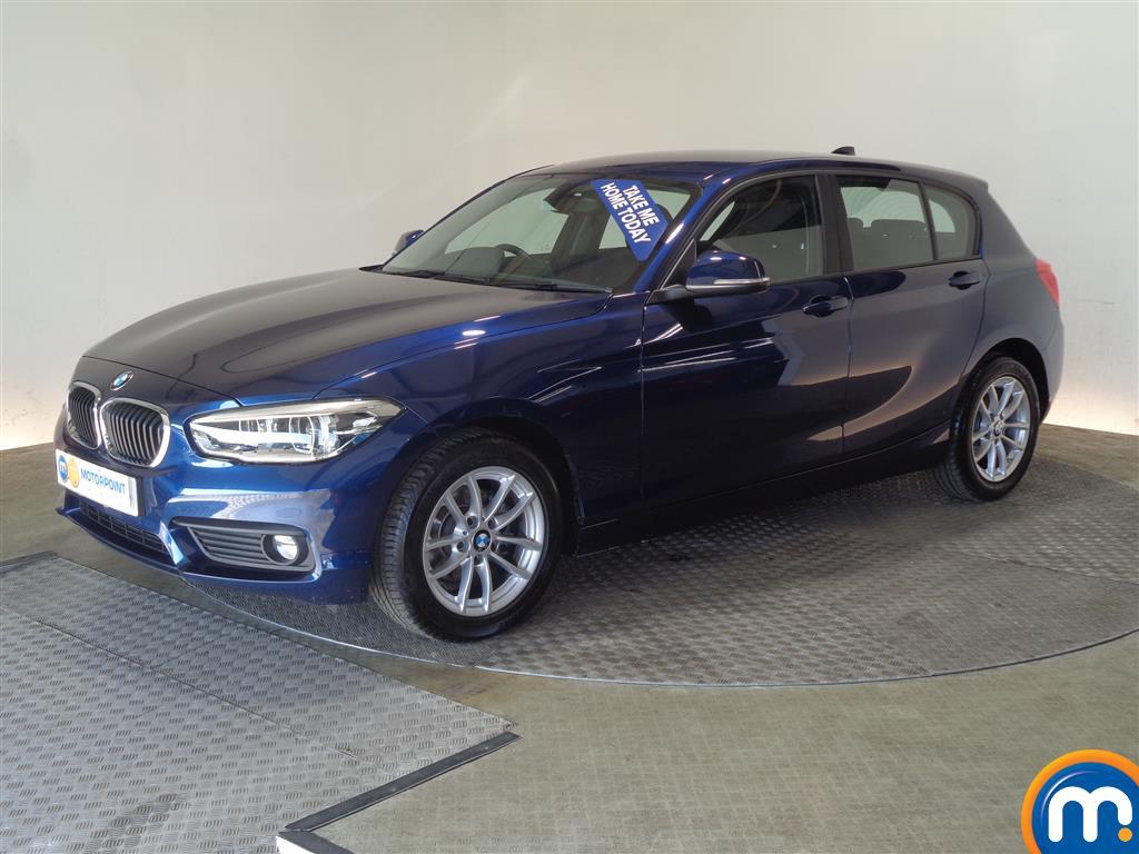 BMW 1 Series SE Business - Stock Number 1049557 Passenger side front corner