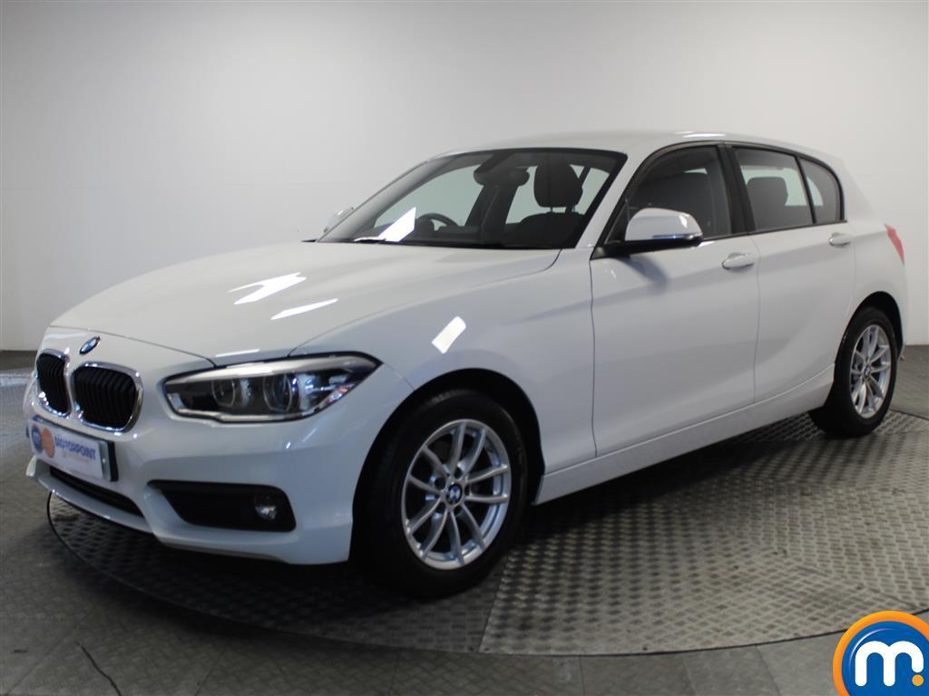 BMW 1 Series SE Business - Stock Number 1049339 Passenger side front corner