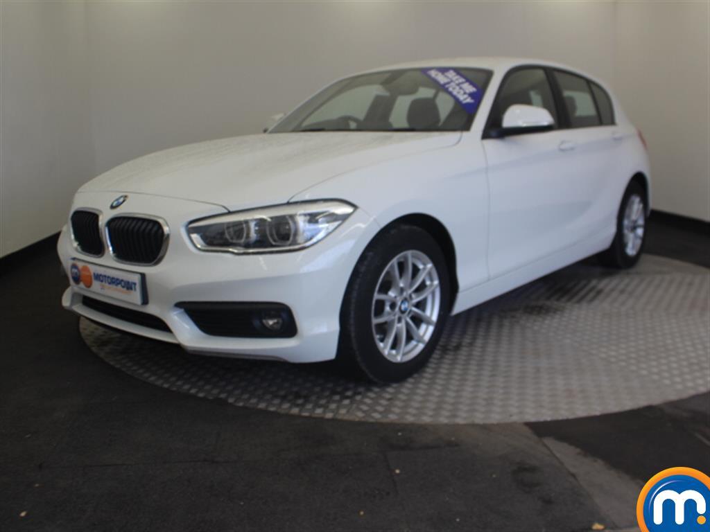BMW 1 Series SE Business - Stock Number 1049384 Passenger side front corner