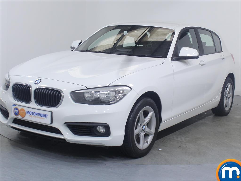 BMW 1 Series SE - Stock Number 1046173 Passenger side front corner