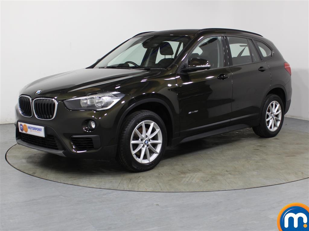 BMW X1 SE - Stock Number 1054239 Passenger side front corner