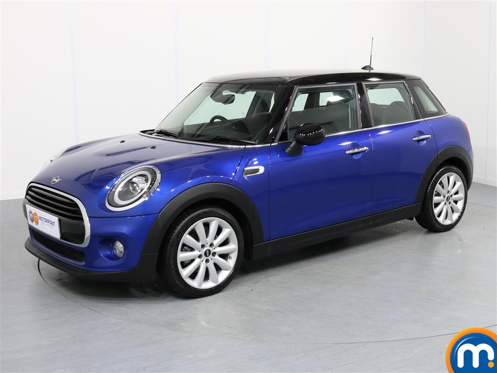 Mini Hatchback Cooper Classic - Stock Number 1056194 Passenger side front corner