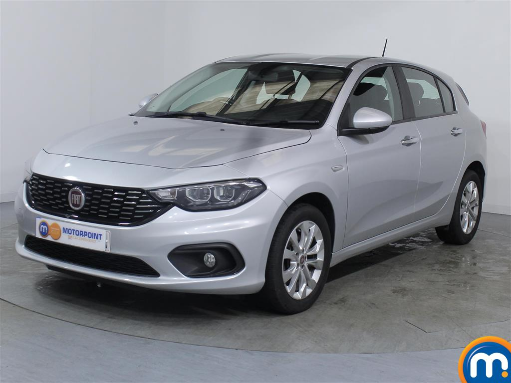 Fiat Tipo Easy Plus - Stock Number 1056135 Passenger side front corner