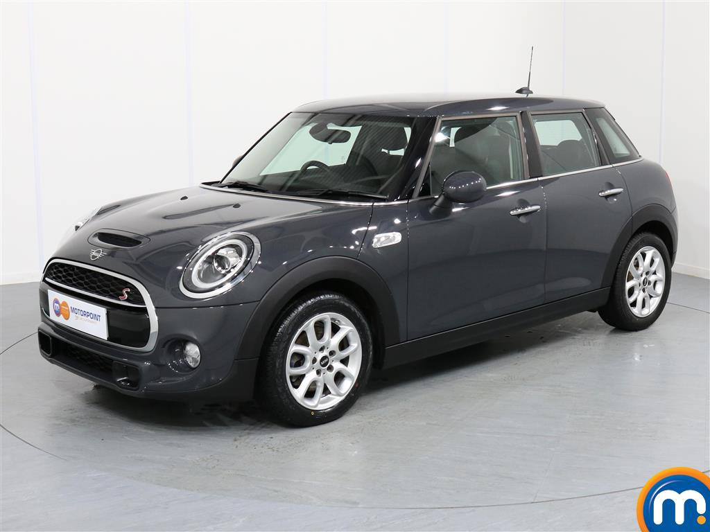 Mini Hatchback Cooper S - Stock Number 1057570 Passenger side front corner