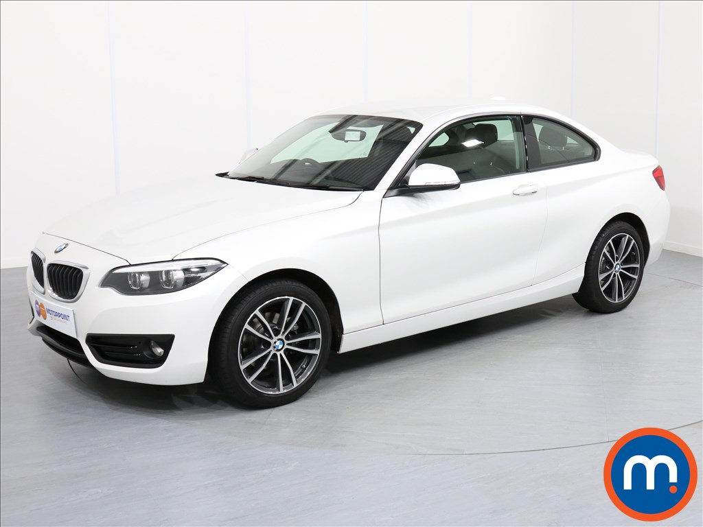 BMW 2 Series Sport - Stock Number 1059346 Passenger side front corner
