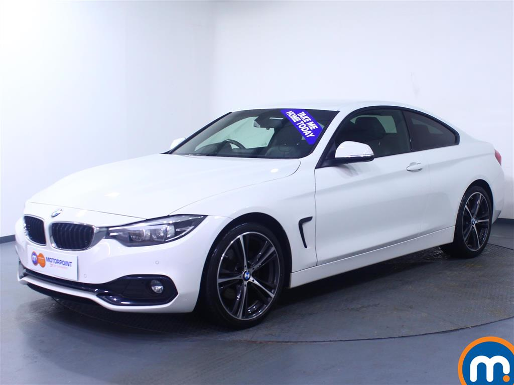 BMW 4 Series Sport - Stock Number 1056528 Passenger side front corner