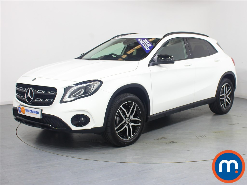Mercedes-Benz Gla Class Urban Edition - Stock Number 1057709 Passenger side front corner