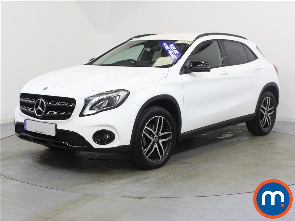 Mercedes-Benz Gla Class Urban Edition - Stock Number 1059840 Passenger side front corner