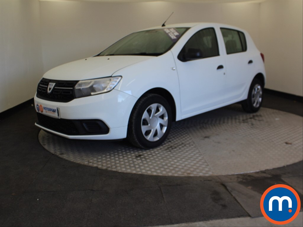 Dacia Sandero Ambiance - Stock Number 1056304 Passenger side front corner