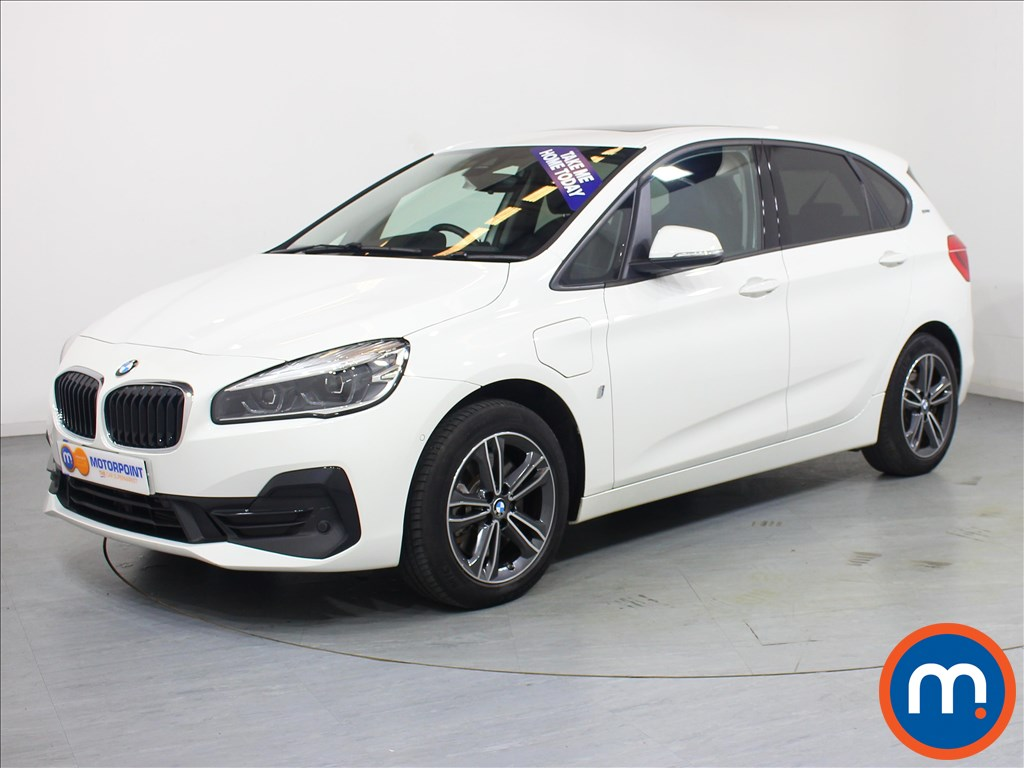 BMW 2 Series Sport Premium - Stock Number 1060225 Passenger side front corner