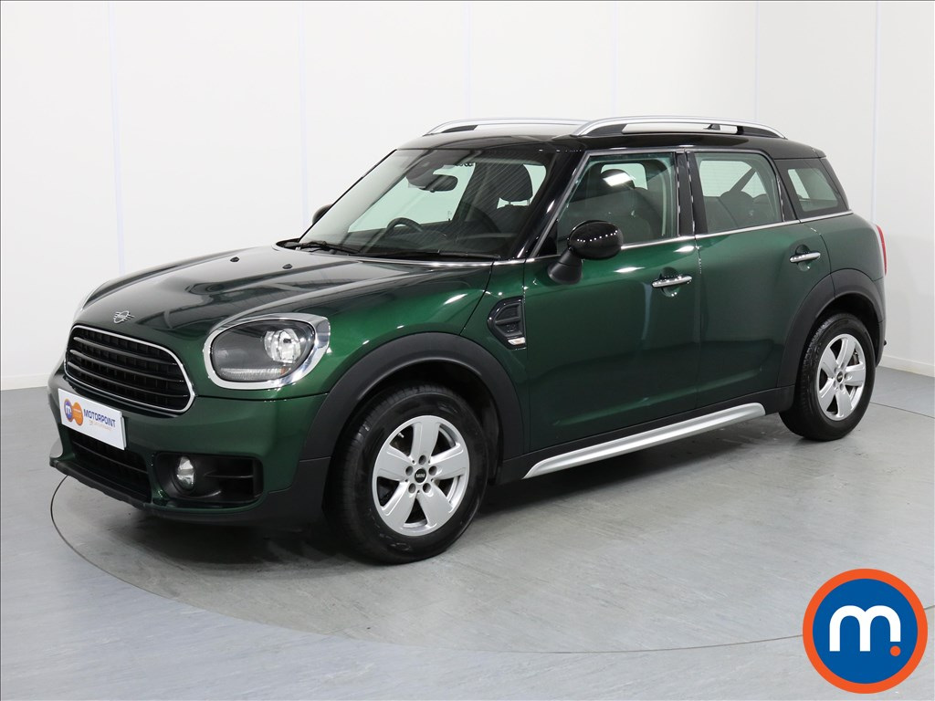 Mini Countryman Cooper Classic - Stock Number 1059207 Passenger side front corner