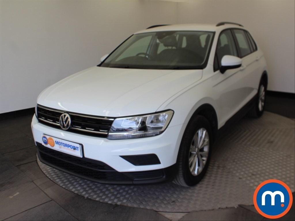 Volkswagen Tiguan S - Stock Number 1061736 Passenger side front corner