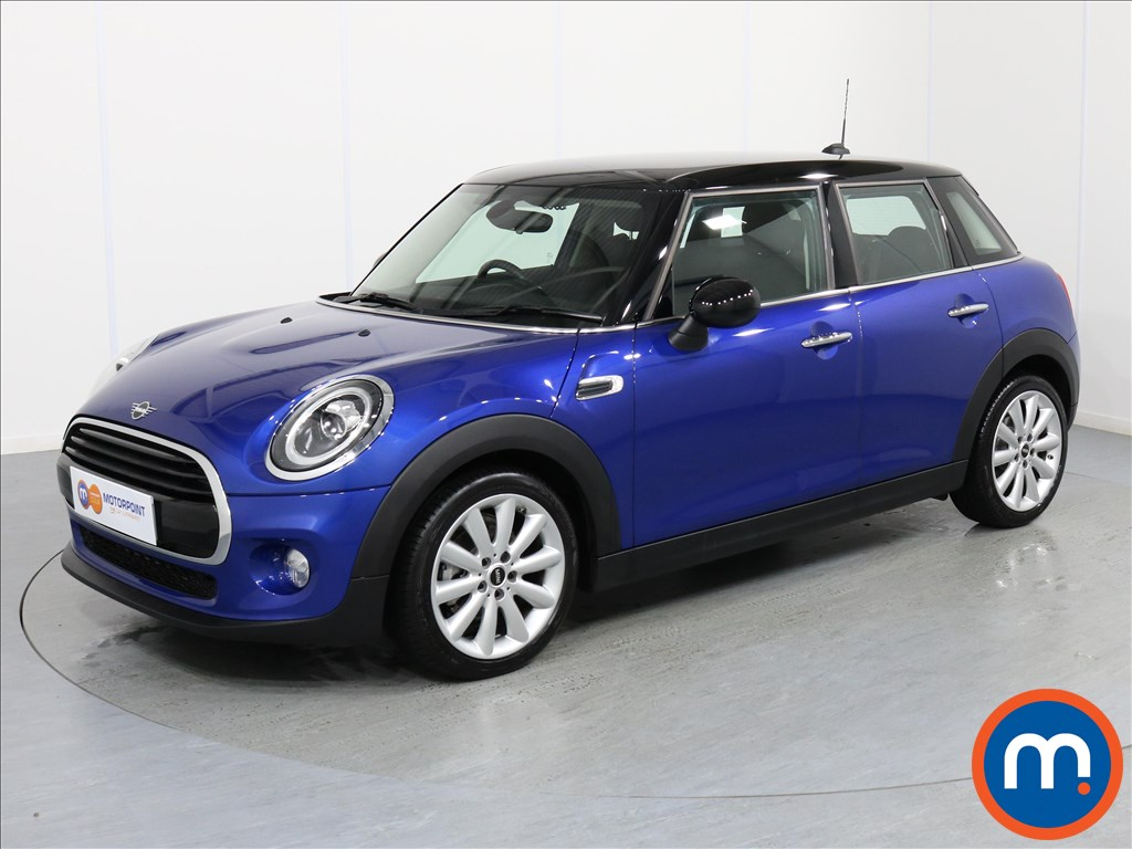 Mini Hatchback Cooper Classic - Stock Number 1057159 Passenger side front corner
