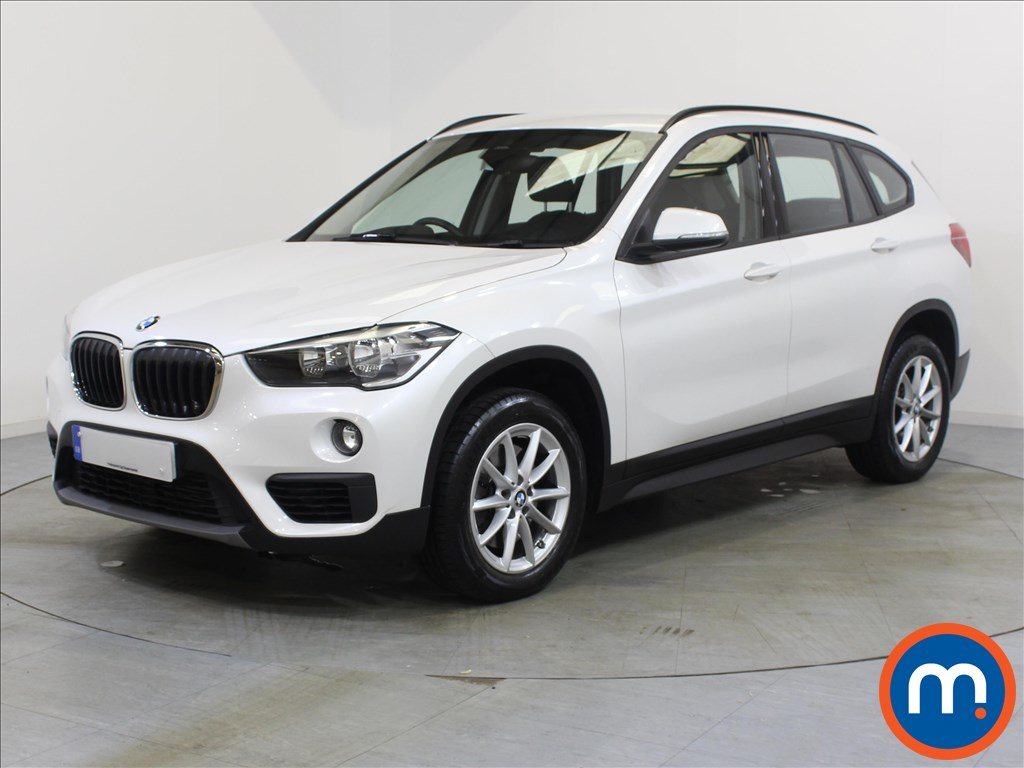 BMW X1 SE - Stock Number 1060252 Passenger side front corner