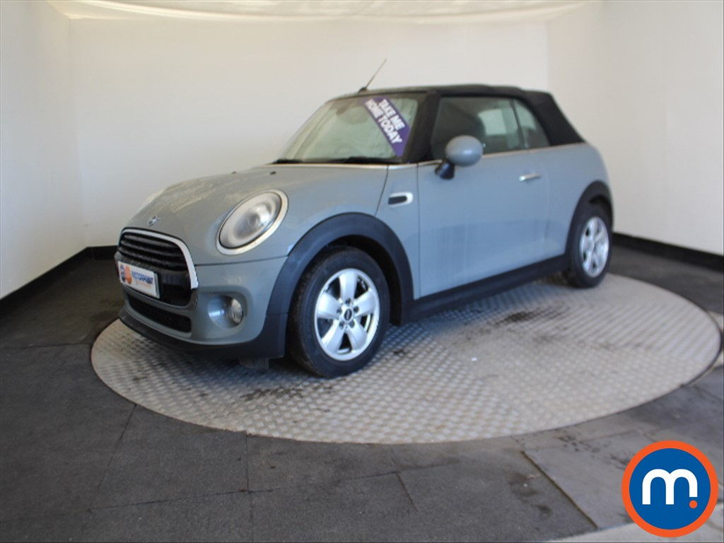 Mini Convertible Cooper Classic - Stock Number 1057379 Passenger side front corner