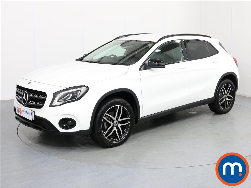 Mercedes-Benz Gla Class Urban Edition - Stock Number 1063951 Passenger side front corner