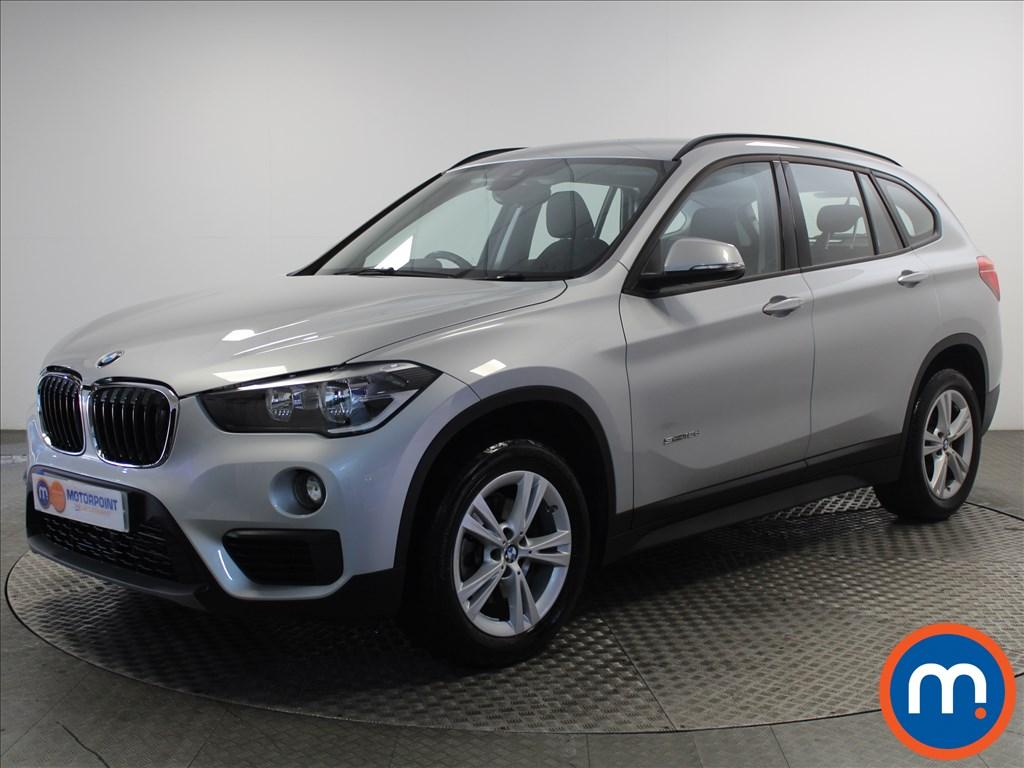 BMW X1 SE - Stock Number 1064050 Passenger side front corner