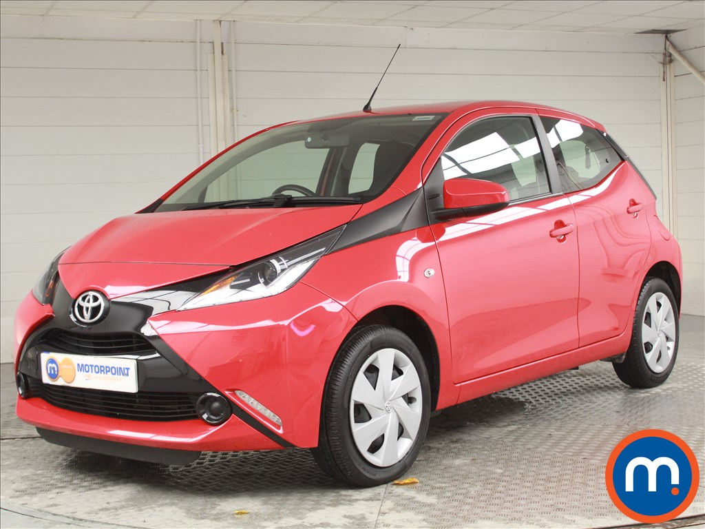 Toyota Aygo X-Play - Stock Number 1063695 Passenger side front corner
