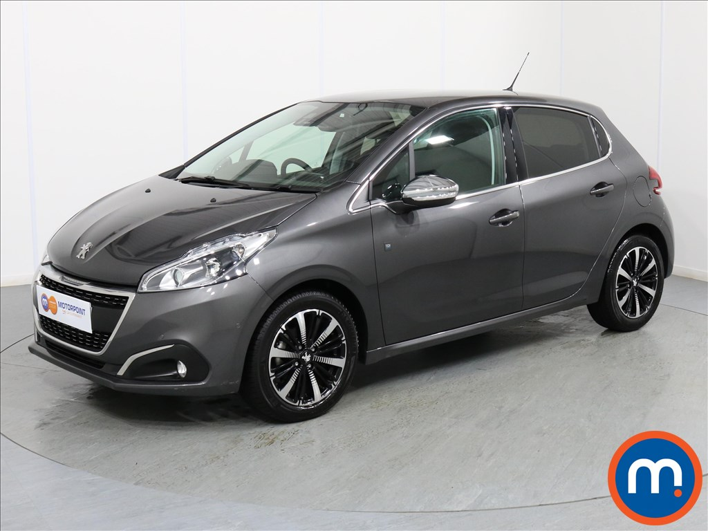 Peugeot 208 Tech Edition - Stock Number 1061338 Passenger side front corner