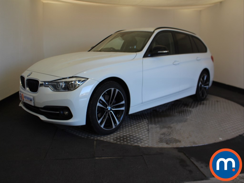 BMW 3 Series Sport - Stock Number 1065046 Passenger side front corner
