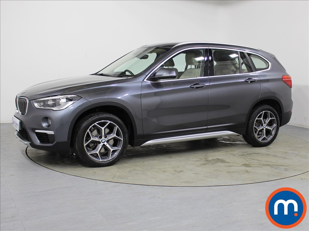 BMW X1 xLine - Stock Number 1065132 Passenger side front corner