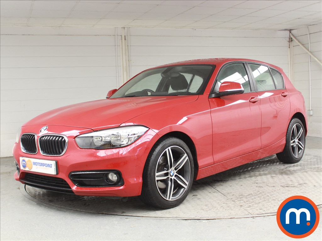 BMW 1 Series Sport - Stock Number 1065052 Passenger side front corner