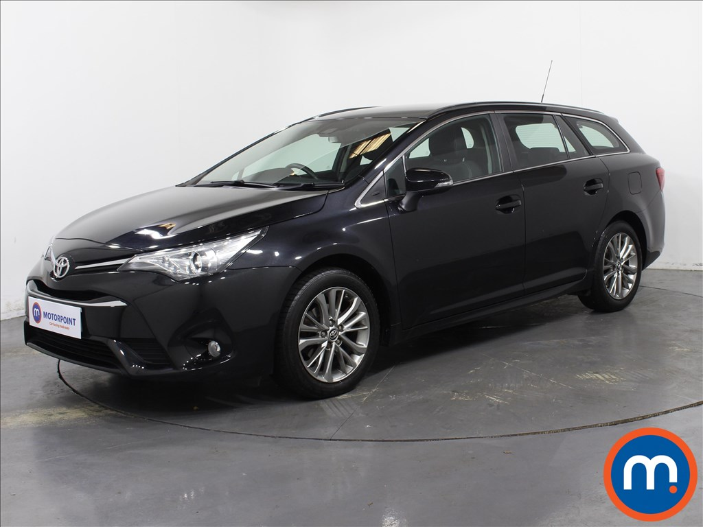Toyota Avensis Business Edition - Stock Number 1064036 Passenger side front corner