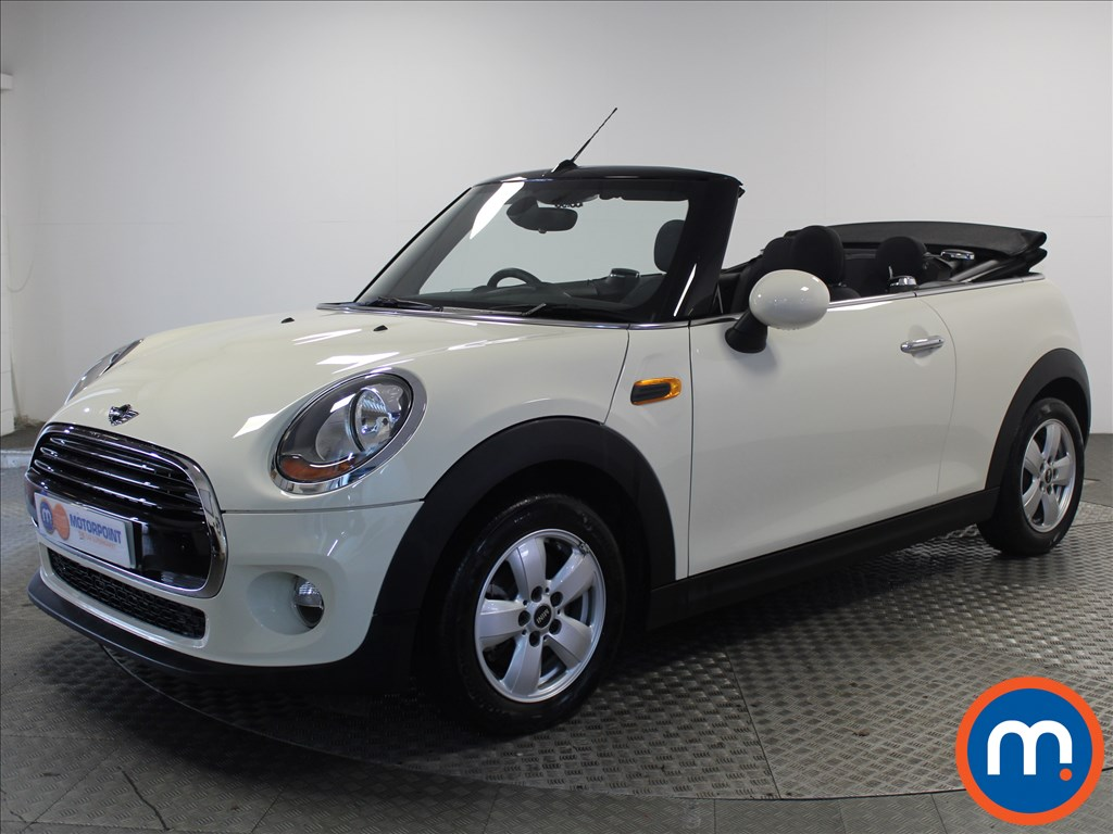 Mini Convertible Cooper - Stock Number 1064780 Passenger side front corner