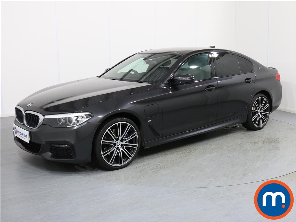 BMW 5 Series M Sport - Stock Number 1065357 Passenger side front corner