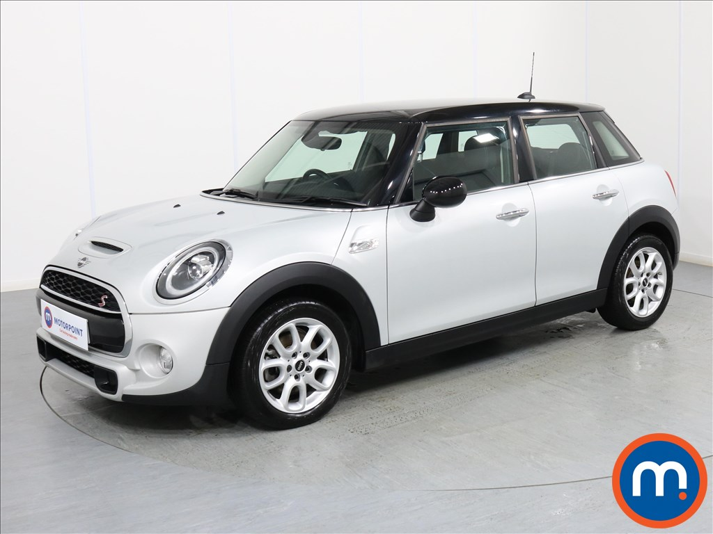 Mini Hatchback Cooper S - Stock Number 1069660 Passenger side front corner