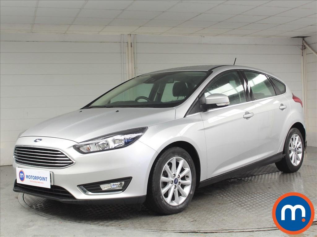 Ford Focus Titanium - Stock Number 1071553 Passenger side front corner