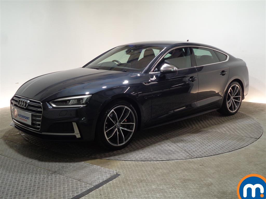 Audi A5 S5 - Stock Number 1069381 Passenger side front corner