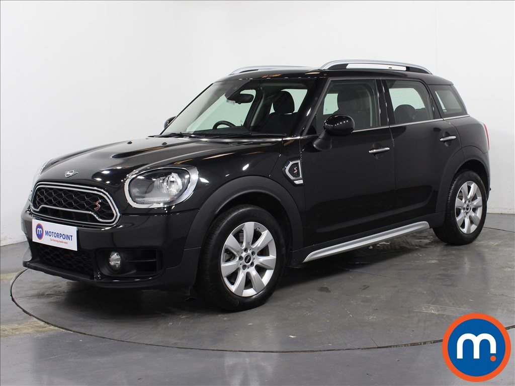 Mini Countryman Cooper S - Stock Number 1070001 Passenger side front corner