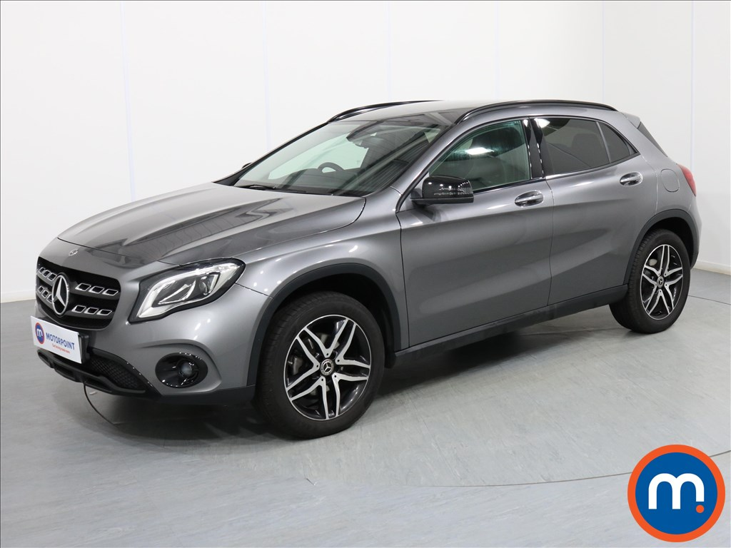 Mercedes-Benz Gla Class Urban Edition - Stock Number 1072980 Passenger side front corner
