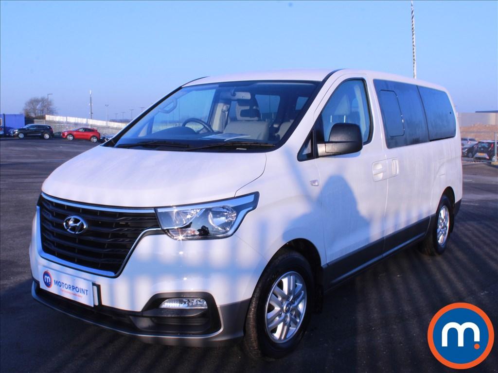 Hyundai I800 SE Nav - Stock Number 1070691 Passenger side front corner