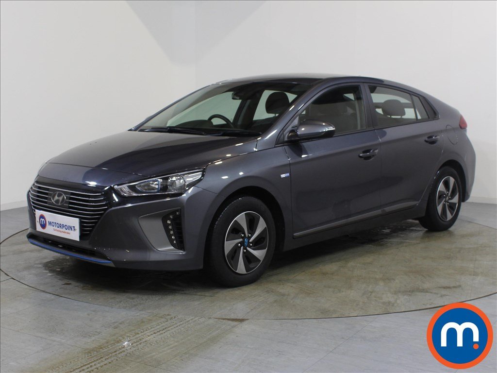 Hyundai Ioniq SE - Stock Number 1067455 Passenger side front corner