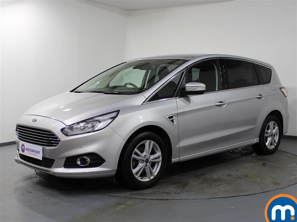 Ford S-Max Titanium - Stock Number 1072102 Passenger side front corner