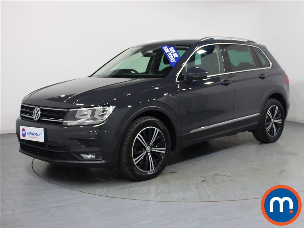 Volkswagen Tiguan SE Nav - Stock Number 1071424 Passenger side front corner