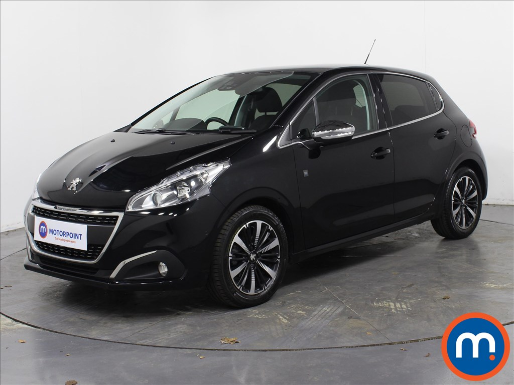 Peugeot 208 Tech Edition - Stock Number 1070258 Passenger side front corner