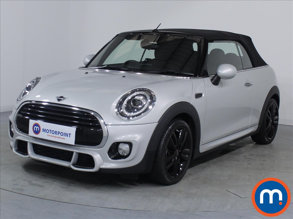 Mini Convertible Cooper - Stock Number 1070009 Passenger side front corner