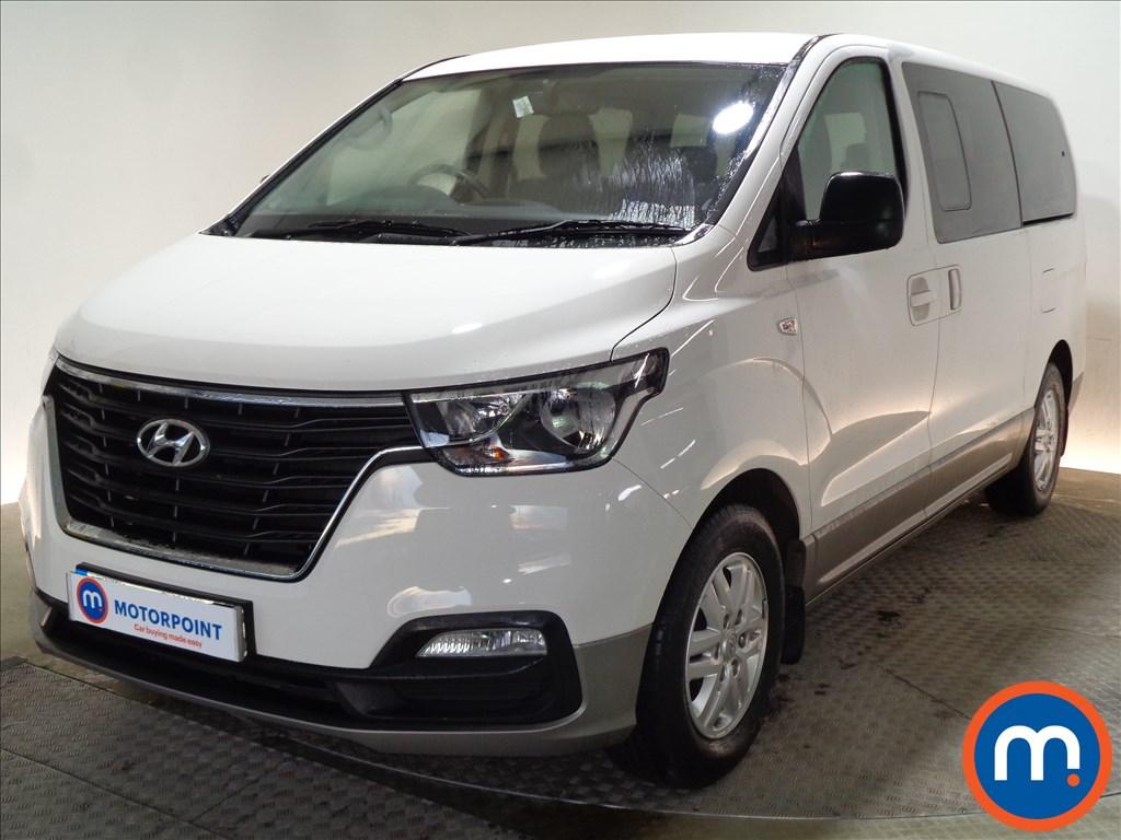 Hyundai I800 SE Nav - Stock Number 1070692 Passenger side front corner