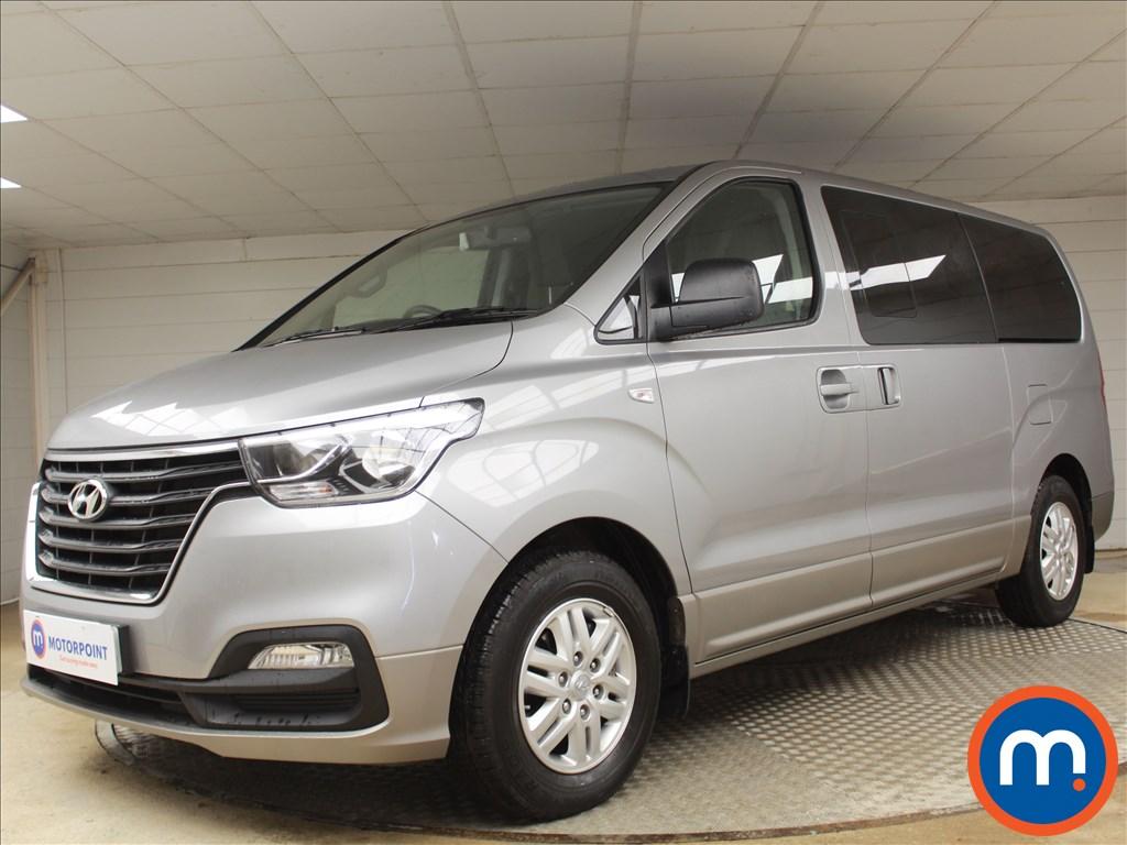 Hyundai I800 SE Nav - Stock Number 1070713 Passenger side front corner