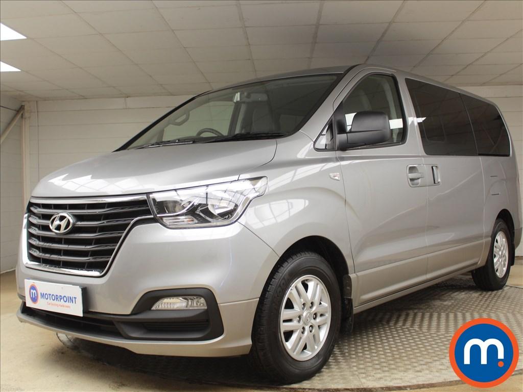 Hyundai I800 SE Nav - Stock Number 1074702 Passenger side front corner