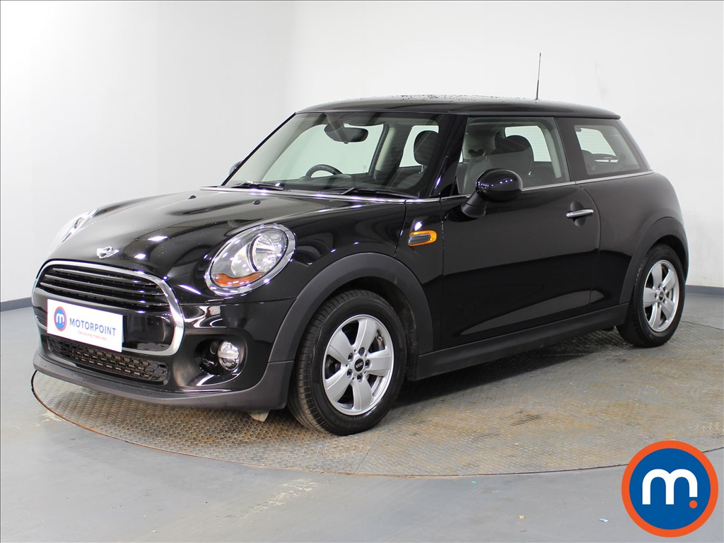 Mini Hatchback Cooper - Stock Number 1076879 Passenger side front corner
