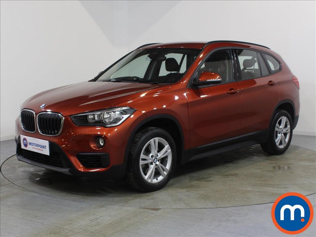 BMW X1 SE - Stock Number 1080605 Passenger side front corner